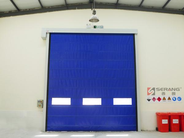 Withstand wind folding door